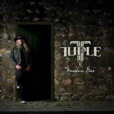 Tuple: lavoro solista ispirato dall'Aor scandinavo ottantiano